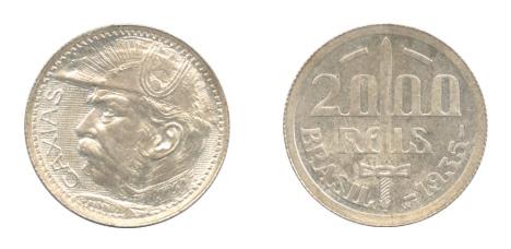 ブラジル 2000レイス(1935年:未使用品)。表には南米の三国同盟戦争(パラグアイ戦争)で活躍した英雄「カシアス公爵(ルイス・アルヴェス・デ・リマ・エ・シルヴァ)」が描かれています。